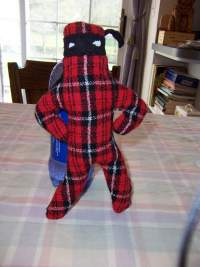 [Tiny Plaid Plush]